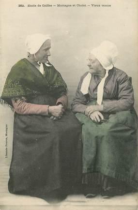 """CPA FRANCE 61 """"Mortagne et Cholet, vieilles femmes et leur coiffe"""""""