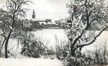 """CPSM FRANCE 74 """"Viuz en Sallaz, Le village sous la neige"""""""
