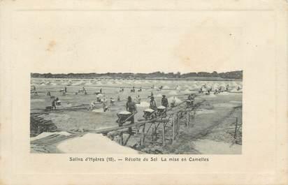 """CPA FRANCE 83 """"Hyères , La récolte du sel aux Salins"""""""
