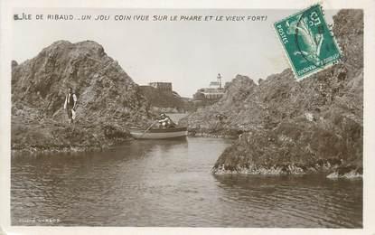 """CPA FRANCE 83 """" Ile de Ribaud, Vue sur le phare et le vieux port"""""""