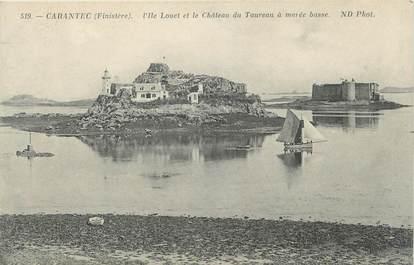 """CPA FRANCE 29 """" Carantec, L'Ile Louet et le Château du Taureau à marée basse"""""""
