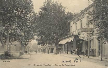 """CPA FRANCE 84 """" Orange, Rue de la République"""""""