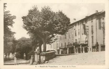 """CPA FRANCE 84 """" Sault de Vaucluse, Place de la Poste"""""""