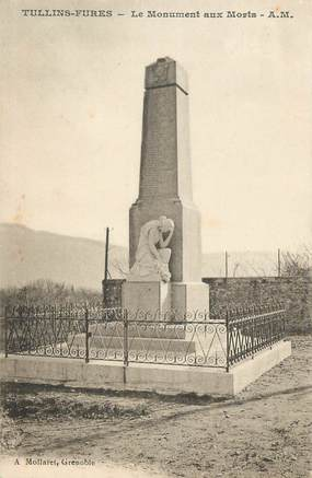"CPA FRANCE 38 ""Tullins, Le monuments aux morts"""