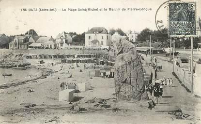 """CPA FRANCE 44 """" Batz, La plage St Michel et le menhir de Pierre Longue"""""""