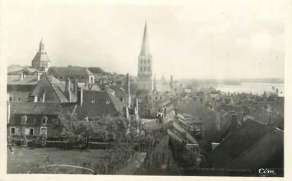 """CPSM FRANCE 58 """"La Charité sur Loire, L'église et les vieux toits"""""""