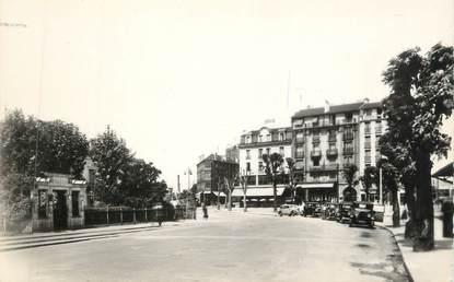 """CPSM FRANCE 95 """"Argenteuil, La Place de la Gare"""""""