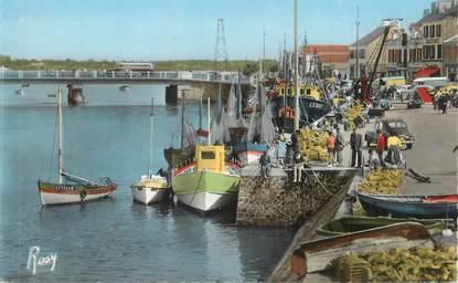 """CPSM FRANCE 85 """" St Gilles sur Vie, Un coin du port et le pont"""""""