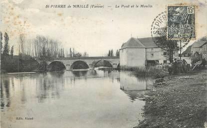 """CPA FRANCE 86 """" St Pierre de Maillé, Le pont et le moulin"""""""
