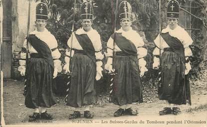 """/ CPA FRANCE 87 """"Saint Junien, Les Suisses Gardes du Tombeau pendant l'Ostension"""""""