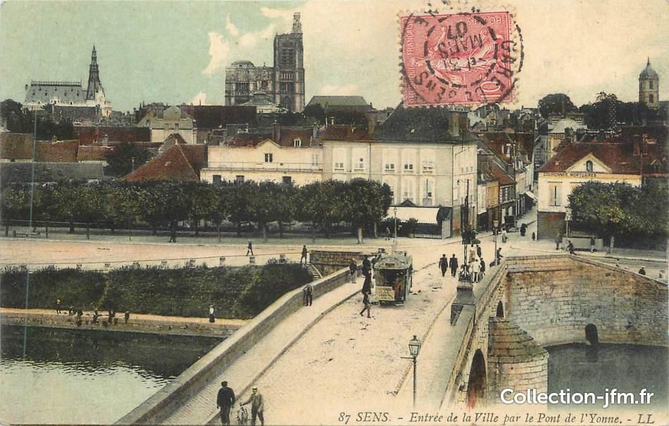 Cpa france 89 sens entr e de la ville par le pont d for Sens 89 yonne