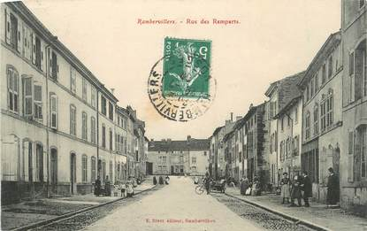 "CPA FRANCE 88 "" Rambervillers, Rue des Remparts"""