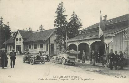 """CPA FRANCE 88 """" La Schlucht, Poste de Douane Française, visite à la frontière"""" / DOUANE"""