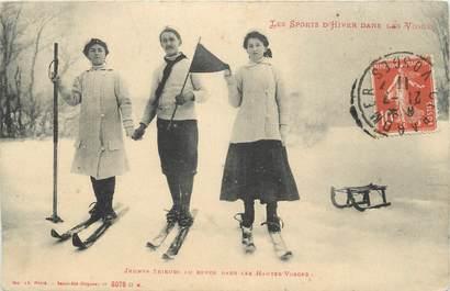 """CPA FRANCE 88 """" Jeunes skieurs dans les Vosges"""" / SKI"""
