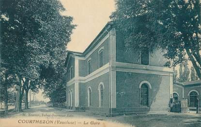 """CPA FRANCE 84 """"Courthézon, La gare"""""""
