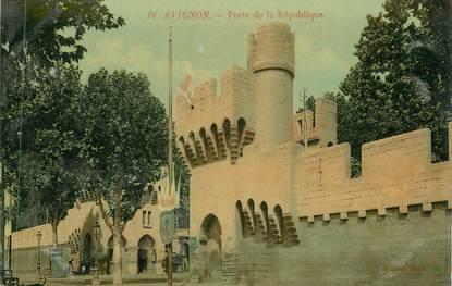 """CPA FRANCE 84 """" Avignon, Porte de la République"""""""