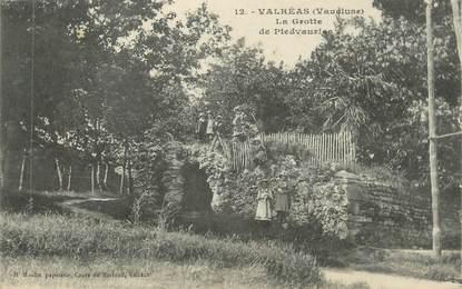 """CPA FRANCE 84 """" Valréas, La Grotte de Piedvaurias"""""""