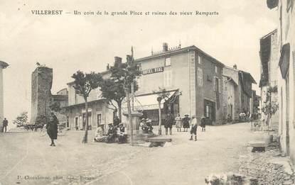 """CPA FRANCE 42 """" Villerest, Un coin de la grande place et ruines des vieux remparts"""""""