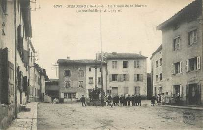 "CPA FRANCE 43 "" Beauzac, La Place de la Mairie'"