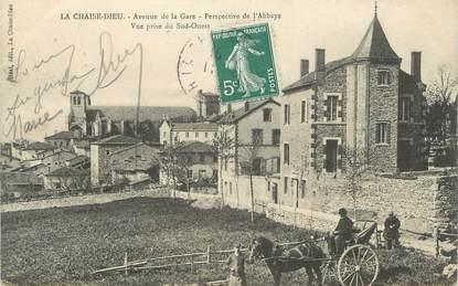 """CPA FRANCE 43 """" La Chaise Dieu, Avenue de la gare, perspective de l'abbaye"""""""