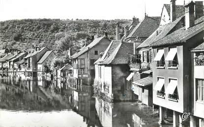 """/ CPSM FRANCE 25 """"Ornans, vieilles maisons sur la Loue"""""""