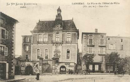 """CPA FRANCE 43 """"Langéac, La Place de l'Hôtel de Ville"""""""