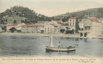 """CPA FRANCE 83 """"Le Lavandou, Un coin du village"""""""