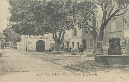 """CPA FRANCE 83 """" Saint Zacharie, Place et fontaine du Lion d'Or"""""""