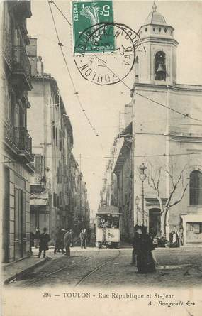 """CPA FRANCE 83 """" Toulon, Rues République et St Jean"""" / TRAMWAY"""
