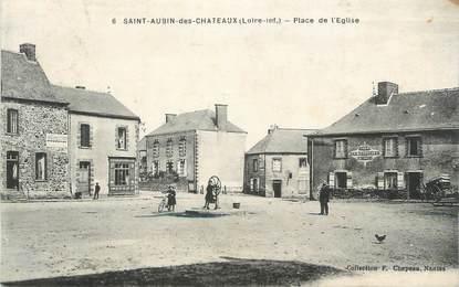 """CPA FRANCE 44 """" St Aubin des Châteaux, Place de l'Eglise"""""""