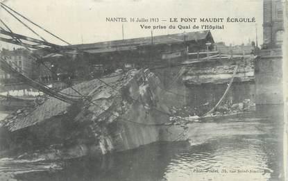 """CPA FRANCE 44 """" Nantes, Le pont maudit écroulé"""""""