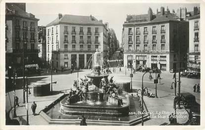 """CPSM FRANCE 44 """" Nantes, La Place Royale et la Rue Crébillon"""""""