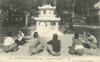 """CPA FRANCE 94 """" Nogent, Exposition coloniale de 1907, Pagodon Indo-Chinois"""""""
