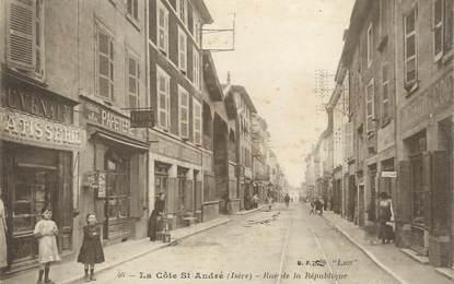 """CPA FRANCE 38 """" La Côte St André, Rue de la République"""""""