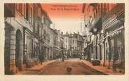 """38 Isere CPA FRANCE 38 """" Bourgoin, La Rue de la République"""""""