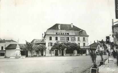 """CPSM FRANCE 38 """"Les Abrets, Hôtel la Belle Etoile"""""""