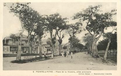 """CPA GUADELOUPE """"Pointe à Pitre, Place de la Victoire"""""""