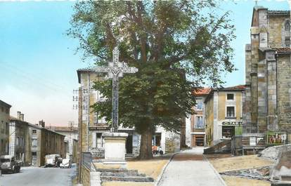 """CPSM FRANCE 42 """" St Maurice en Gourgois, La place"""""""