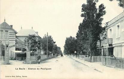 """CPA FRANCE 44 """"La Baule, Avenue du Pouliguen"""""""