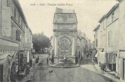 "CPA FRANCE 13 "" Arles, Fontaine Amédée Pichot"""