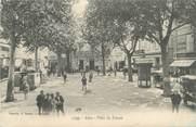 """13 Bouch Du Rhone CPA FRANCE 13 """" Arles, Place du Forum"""""""