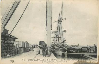 """CPA FRANCE 13 """" Port St Louis du Rhône, La grande rue du quai nord"""""""