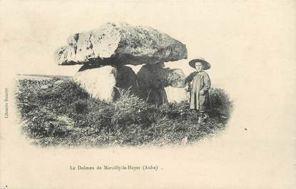 """CPA FRANCE 10 """" Marcilly le Hayer, Le Dolmen"""""""