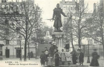 "CPA FRANCE 69 "" Lyon, Statue du Sergent Blandan"""