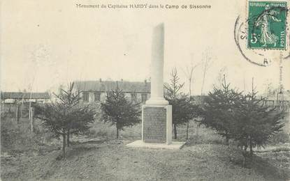 "CPA FRANCE 02 "" Sissonne, Le monument du Capitaine Hardy dans le camp"""