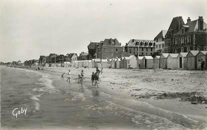 """/ CPSM FRANCE 14 """"Lion sur Mer, la plage"""" / Ed. Gaby"""