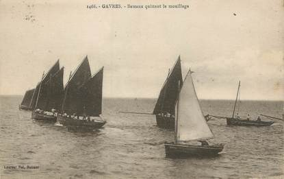 """CPA FRANCE 56 """"Gavres, Bâteaux quittant le mouillage"""""""