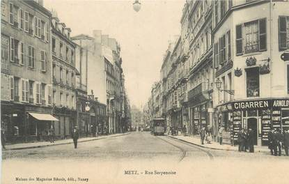 "CPA FRANCE 57 "" Metz, Rue Serpenoise"""