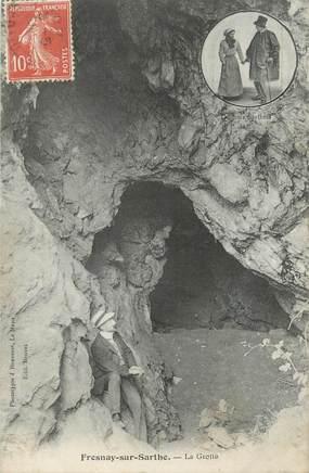 """CPA FRANCE 72 """"Fresnay sur Sarthe, La grotte"""""""