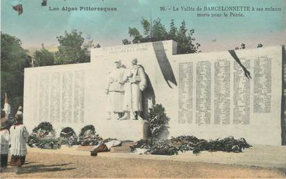 """CPA FRANCE 04 """" Barcelonnette, Le monument aux morts"""""""